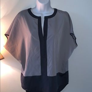 {Vince Camuto} Top- Size S